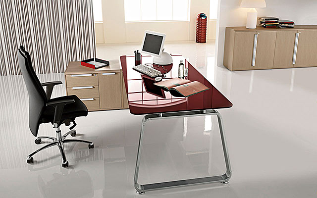 Office furniture realization Made in Italy